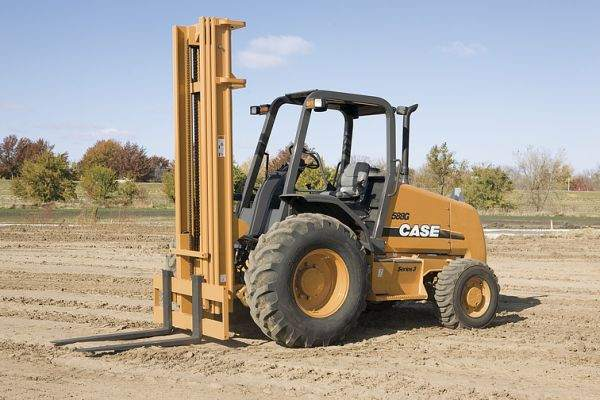 Case 588 Straight Mast Forklift For Rent and rough terrain forklift rentals in Murray and Western Kentucky