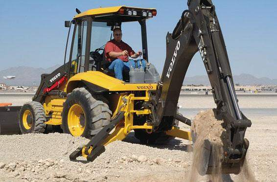 Houston Backhoe Rentals in Texas - B60