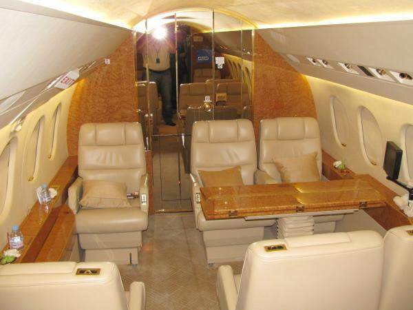 Lexington Charter Flights - Heavy Jet Rentals