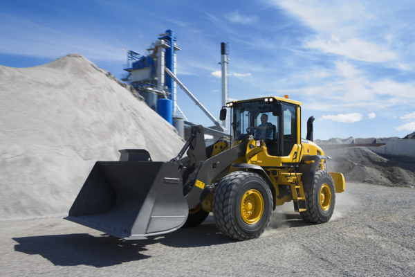 L90G Wheel Loader with 3 cubic foot bucket