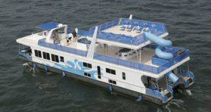Lake Cumberland houseboat rentals - Mega Cat House Boat