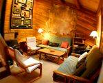 The living room area in cabin 6