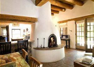 Agua Fria Casita  Livingroom/Kitchen
