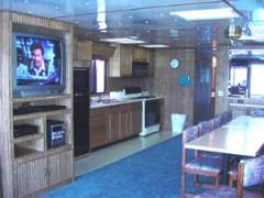 Living Area Boat Rentals in Dale Hollow Lake, Kentucky