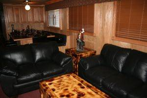Living Room in The Black Pearl Boat Rentals in Dale Hollow Lake, TN