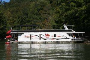 Dale Hollow Lake Houseboat Full View for Rent in Tennessee