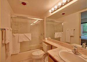 Condo Rental Bathroom in Lake Tahoe