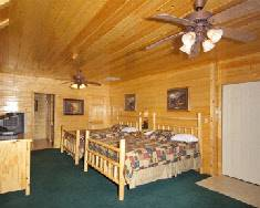 Big Bear Lodge bedroom with twin beds