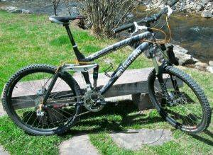 Steamboat Springs Bicycle Rentals-Ellsworth 19in Epiphany Bike For Rent