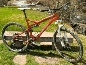 Steamboat Springs Bicycle Rentals-Pivot Mach 429 Bike For Rent