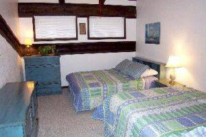 Herbage C-4 bedroom with twin beds