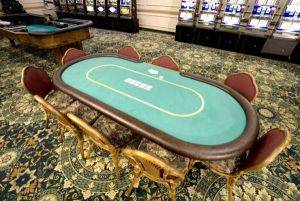 Texas Hold Em Table Rentals in Cleveland, Ohio