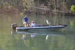 Tennessee Jon Boat Rental in Dale Hollow Lake