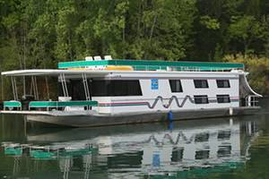 Good Times Dream Cruzin Houseboat For Rent in Dale Hollow Lake, Tennessee
