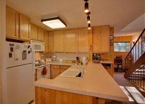 Town Home Rentals Full Kitchen in Lake Tahoe