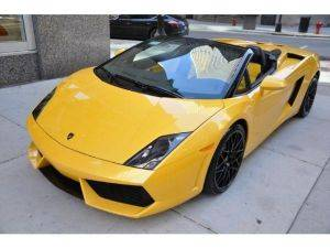 Los Angeles LP560 Lamborghini Convertible Rental Yellow