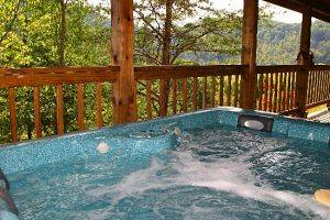 Magic Mountain - Hot Tub outside with view of Mounatins in Pigeon Forge