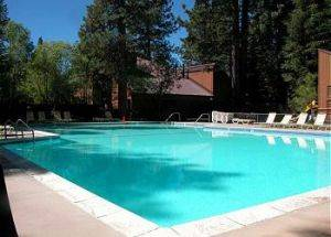 Condo Rental Swimming Pool in Lake Tahoe