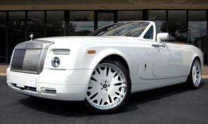 Los Angeles Drophead Rolls Royce Convertible Rental-Side Front View with White Rims