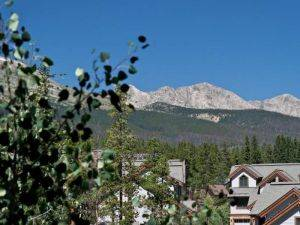 Los Pinos Breckenridge Vacation Rental - Deck Viewing Summit County Mountains