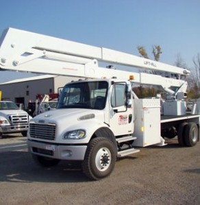 Available 125ft Bucket Truck For Hire {state}