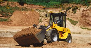 L35B Volvo CE compact wheel loader moving earth