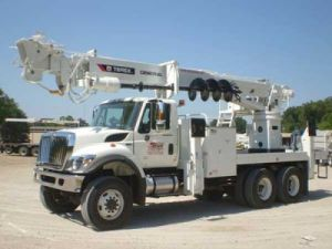 Find A Digger Derrick Truck To Rent in Louisville