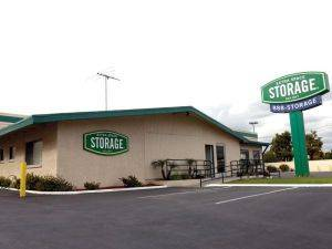 Extra Space Storage Facility 21123 Norwalk Blvd