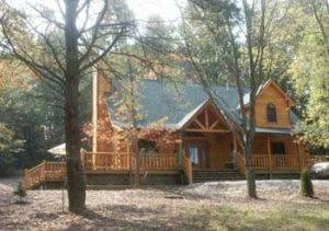 Adventurewood Brown County Vacation Rental Cabin in Nashville, IN