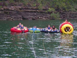 Fun with the family on Lake Cumberland with State Dock Houseboat Rentals