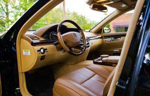 Interior Image of Mercedes Benz S550-