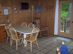 Mountainwood Cabin Dining Room