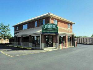 Extra Space Storage Facility on 1544 N IL Route 83