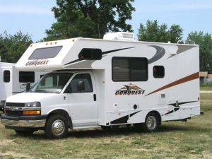 Michigan Class C Motorhome Rental - RV For Rent (21' ft.)