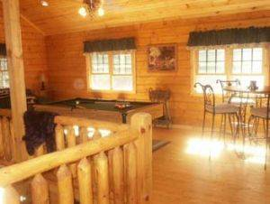 Adventurewood Vacation Rental Cabin - Dining Room