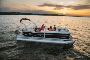lake clarke pontoon boats fo rent