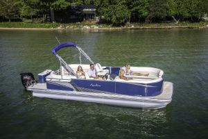 Available pontoon boat rentals on Laurel Lake