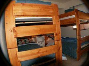 Qual run #3380 Bedroom with bunk beds