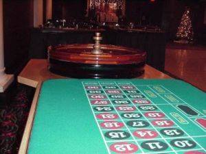 Michigan Casino Equipment For Rent - Roulette Table Rentals - Detroit Casino Parties