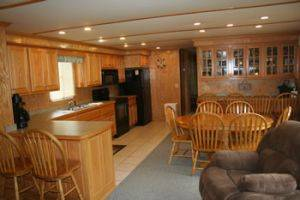 Dining Area on the Southern Star Houseboat for Rent in Dale Hollow Lake, Tennessee