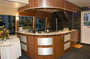 boat has a bar