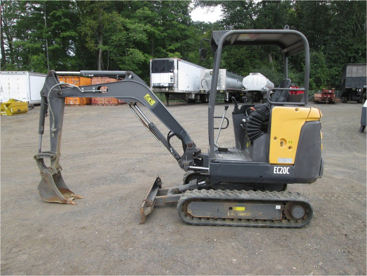 Find Mini Digger Rentals Metro Cleveland, OH