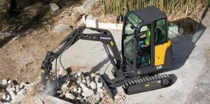 EC20 Mini Digger with hammer attachment for demolition