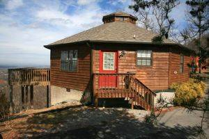 Paradise Cabin Rental in Pigeon Forge, TN