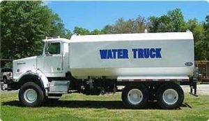 4000 gallon Water Truck with 2' Pump